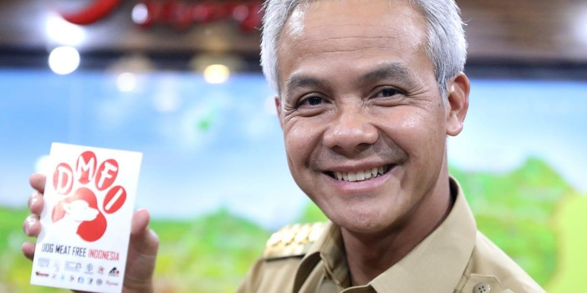 Governor Ganjar Pranowo Pledges Commitment to Tackle Cruel and Dangerous Dog Meat Trade in Central Java